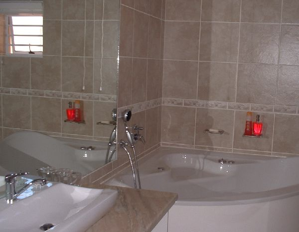 Luxurious Bathrooms in Waterfront Guesthouse